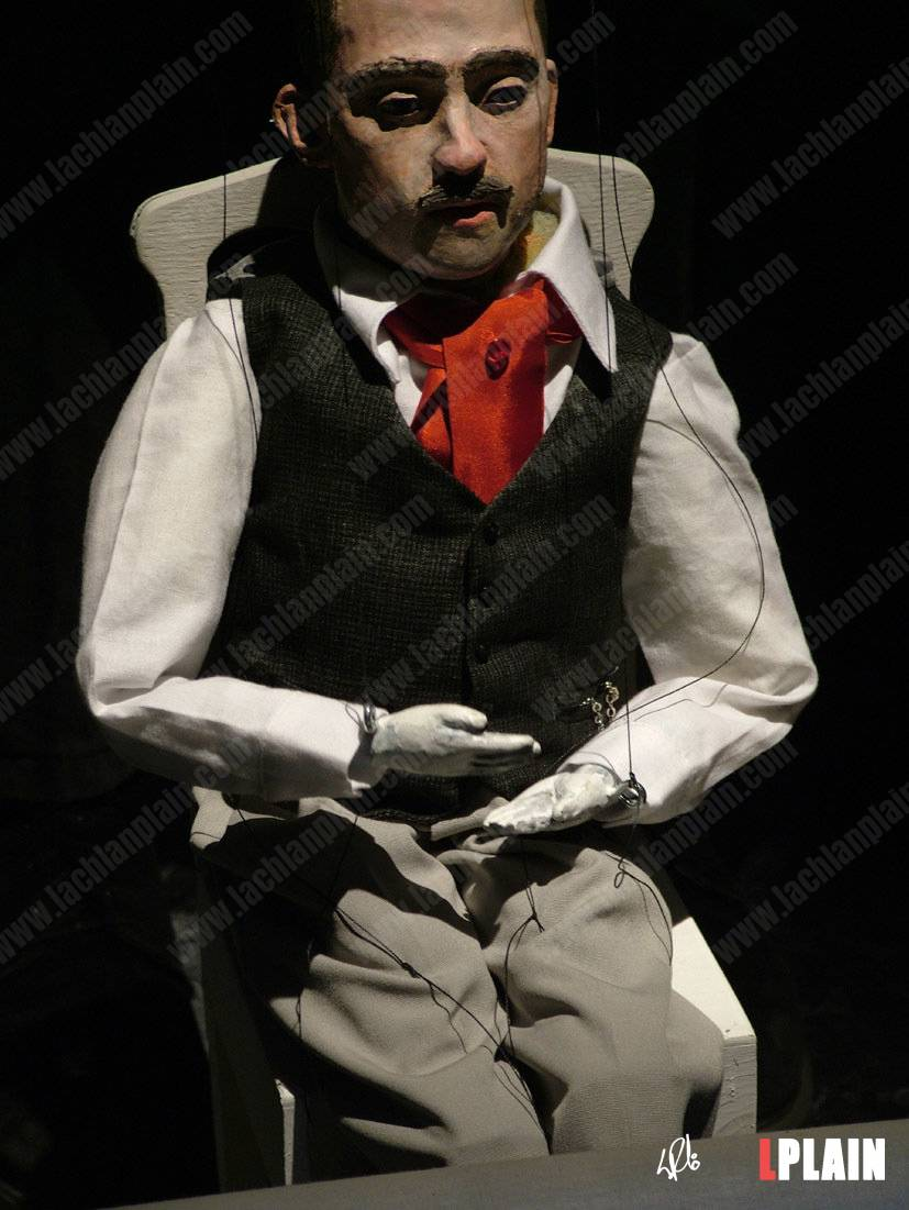 5-filmmaker-marionette-close-up-2-small.jpg